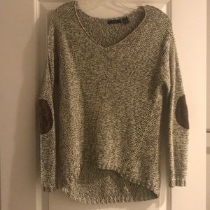 RDI Gray Sweater with Arm Patches